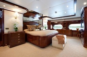 Noble House Luxury Yacht Image 11