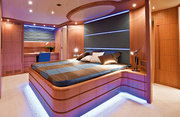 Paris A Luxury Yacht Image 5