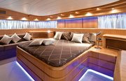 Paris A Luxury Yacht Image 6