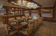 Silver Lining Luxury Yacht Image 4