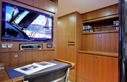 Singularity Luxury Yacht Image 13