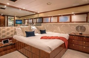 Sweet Escape Luxury Yacht Image 23