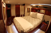 Sweetwater Luxury Yacht Image 10