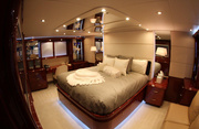 Sweetwater Luxury Yacht Image 19
