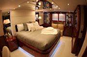 Sweetwater Luxury Yacht Image 20