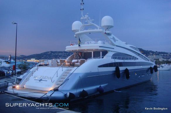 M j taknm isa motor yacht for M and g motors