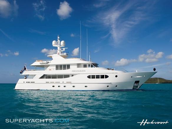 Perle Bleue Luxury Motor Yacht by Hakvoort Shipyard