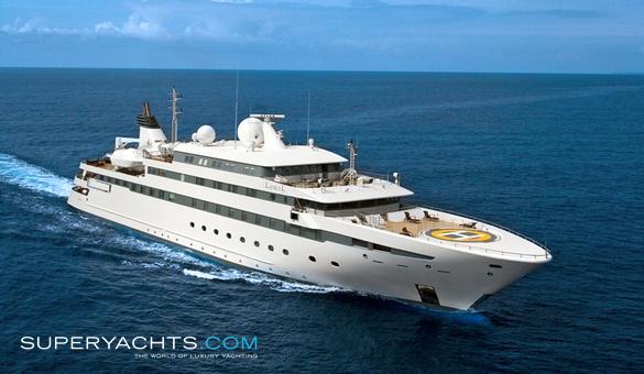 Lauren L Luxury Motor Yacht