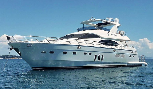Midas Touch Luxury Motor Yacht by Vitech Euro