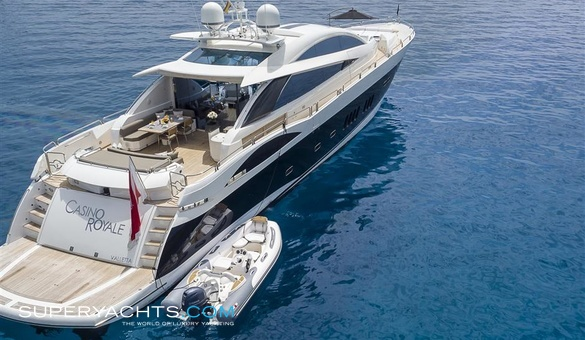 Casino royale yacht for sale sunseeker motor for Luxury motor boats for sale