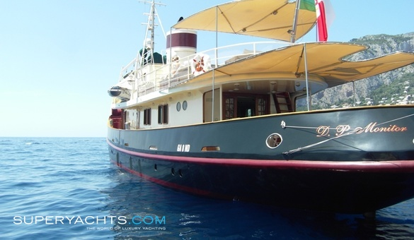 D p monitor yacht for sale benetti motor for Luxury motor boats for sale