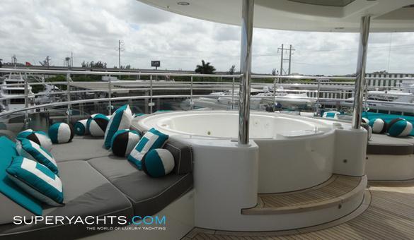 motor yacht gene machine