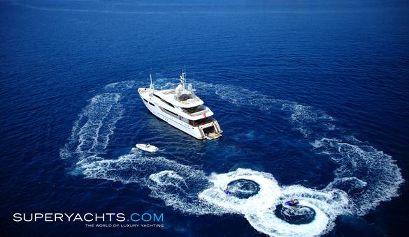 magenta m charter crn motor yacht yacht. Black Bedroom Furniture Sets. Home Design Ideas