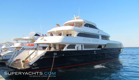 Navigator 43 yacht for sale dugashi motor for Luxury motor yachts for sale