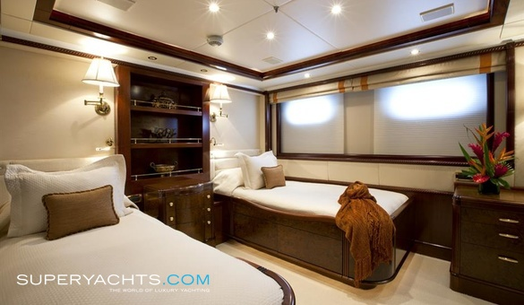 ... Noble House Luxury Motor Yacht ...