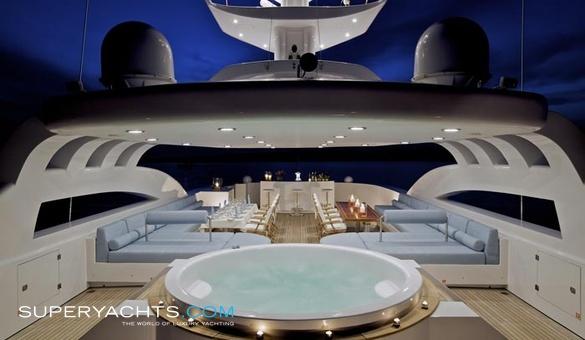 O Neiro Crew Golden Yachts Motor Yacht Superyachts Com