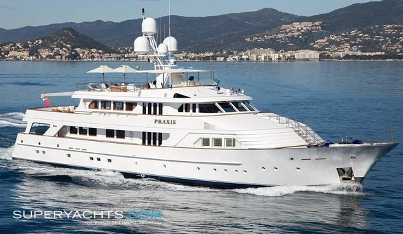 Praxis yacht for sale feadship motor yacht for Luxury motor boats for sale