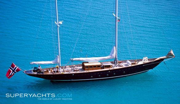 Sincerity charter baglietto sail yacht superyachts com