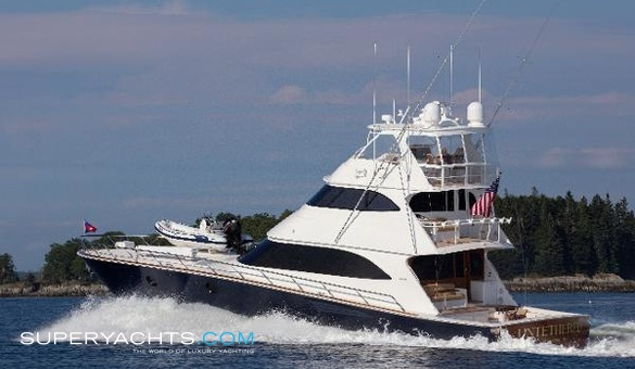 Untethered yacht for sale viking motor yacht for Luxury motor boats for sale