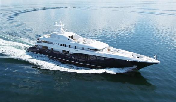 Sycara v yacht for sale nobiskrug motor yacht for Luxury motor boats for sale