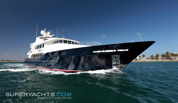 Big City Trinity Yachts Motor Yacht Superyachts Com