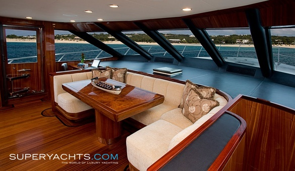 Excellence Specification Lyman Morse Boat