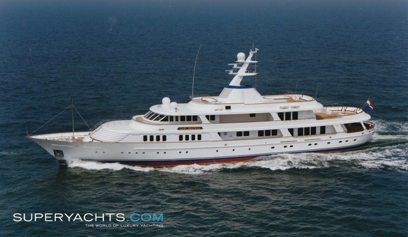 Lady Beatrice Luxury Motor Yacht by Feadship