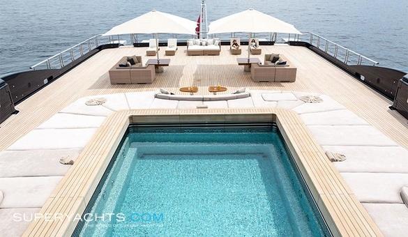 Luna Lloyd Werft Motor Yacht Superyachts Com