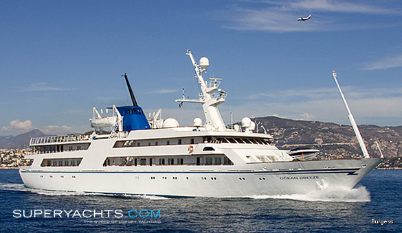 Ocean Breeze Luxury Motor Yacht by Helsingor Vaerft