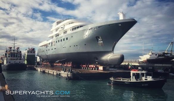 Planet Nine Admiral The Italian Sea Group Superyachts Com