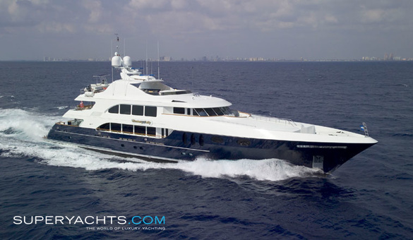 Rebel Luxury Motor Yacht by Trinity Yachts