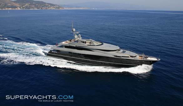 sea force one admiral yachts motor yacht. Black Bedroom Furniture Sets. Home Design Ideas