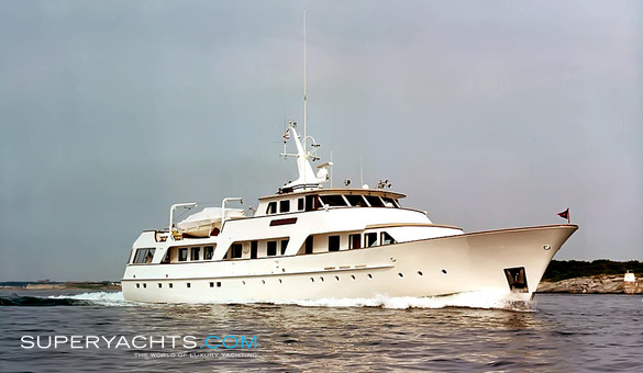 sirenuse yacht