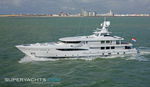Were Dreams Luxury Motor Yacht by Amels
