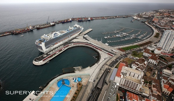 Marina de Ponta Delgada - Azores   superyachts com
