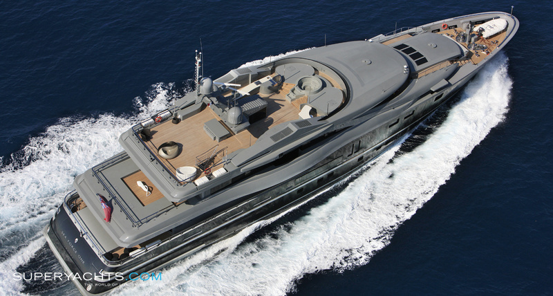 sea force one photos admiral yachts motor. Black Bedroom Furniture Sets. Home Design Ideas